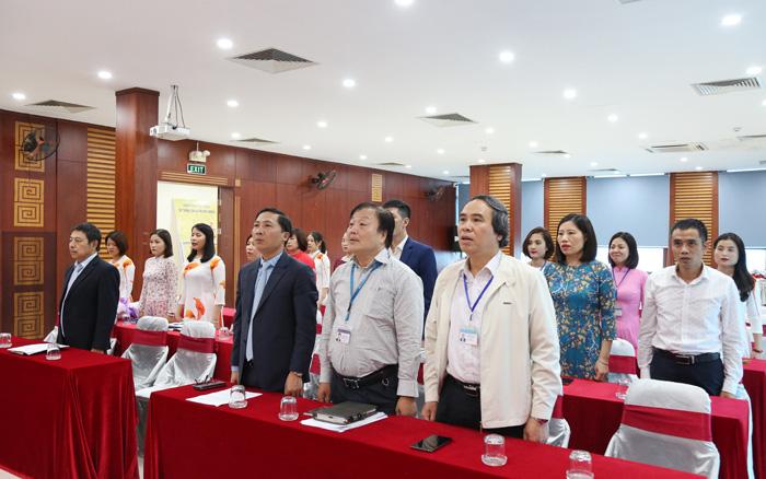 Chi bộ Cổng Giao tiếp điện tử Hà Nội kết nạp Đảng viên mới