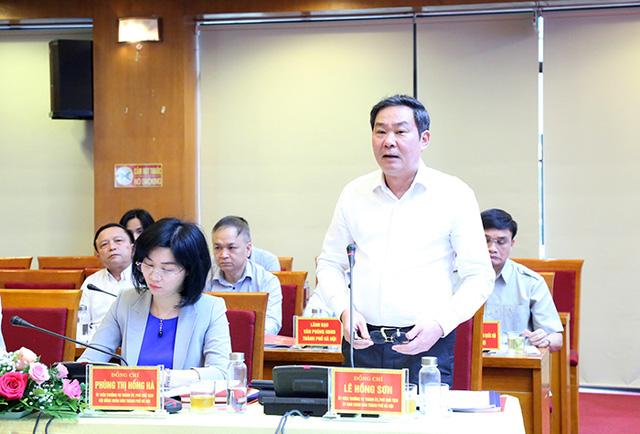Bí thư Thành ủy Vương Đình Huệ làm việc với lãnh đạo quận Hà Đông - Ảnh 4.