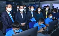 Chủ tịch UBND thành phố Chu Ngọc Anh động viên sản xuất kinh doanh và kiểm tra công tác phòng, chống dịch Covid-19 tại CMC