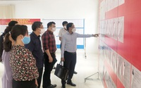 Giám đốc Sở Thông tin và Truyền thông Hà Nội kiểm tra công tác tuyên truyền, trang trí, cổ động trực quan phục vụ bầu cử tại các quận, huyện: Gia Lâm, Long Biên và Tây Hồ